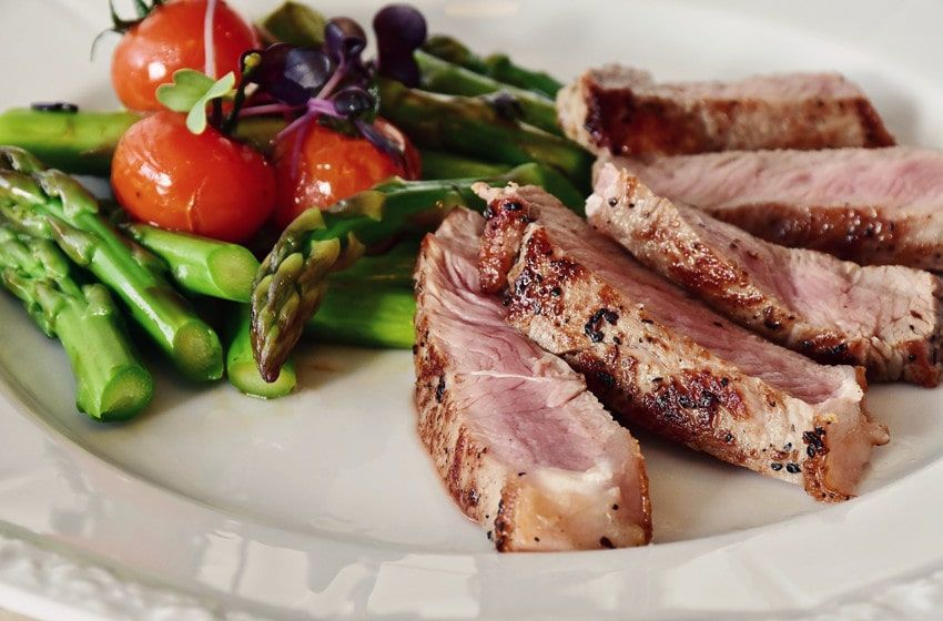 5 Tips for Cooking Rare Steak