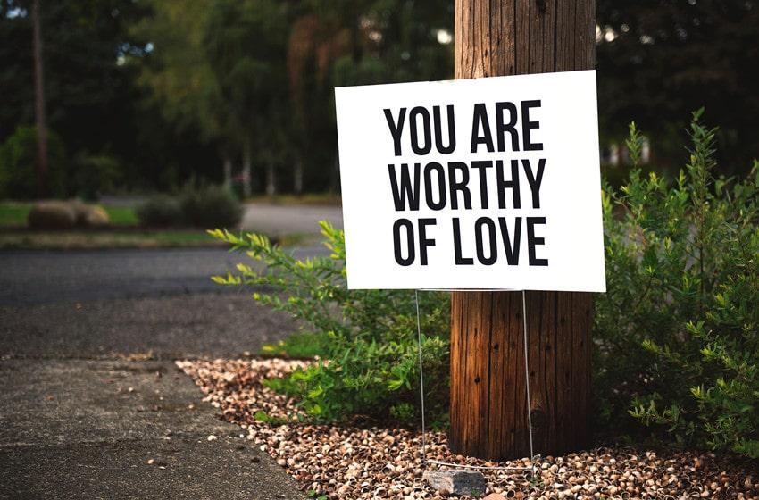 Short Self-Worth Quotes
